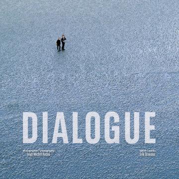 Couverture du livre Dialogue